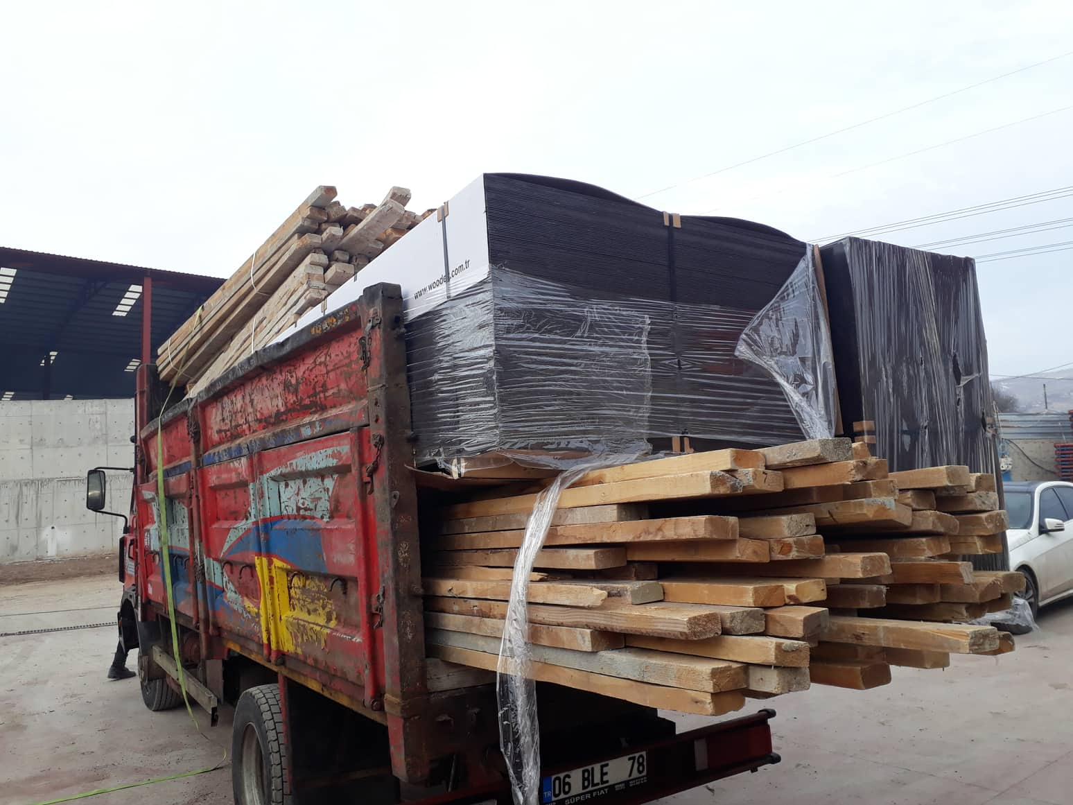 2nd Hand Timber and Woodex Plywood Shipment